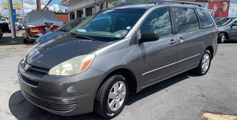 2005 Toyota Sienna for sale at All American Autos in Kingsport TN