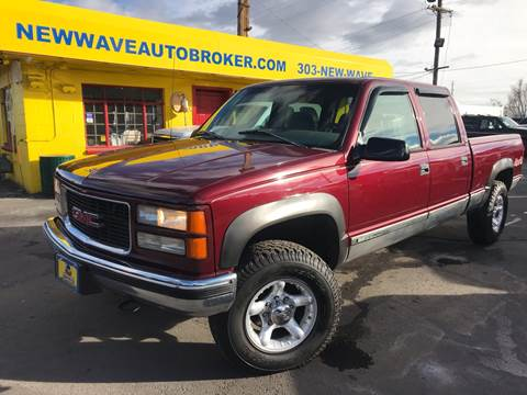 1999 GMC Sierra 2500 Classic for sale at New Wave Auto Brokers & Sales in Denver CO