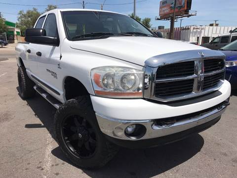 2006 Dodge Ram Pickup 2500 for sale at New Wave Auto Brokers & Sales in Denver CO