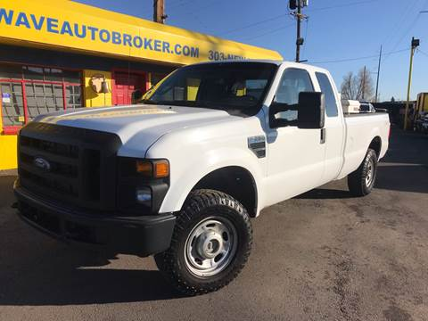 2010 Ford F-250 Super Duty for sale at New Wave Auto Brokers & Sales in Denver CO