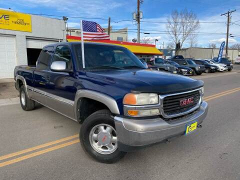 2001 GMC Sierra 1500 for sale at New Wave Auto Brokers & Sales in Denver CO