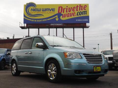 2010 Chrysler Town and Country for sale at New Wave Auto Brokers & Sales in Denver CO