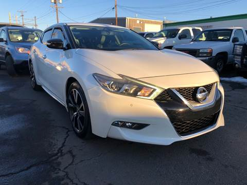 2016 Nissan Maxima for sale at New Wave Auto Brokers & Sales in Denver CO