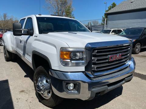 2015 GMC Sierra 3500HD for sale at New Wave Auto Brokers & Sales in Denver CO