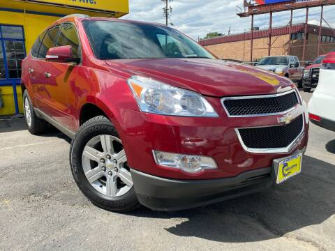 2011 Chevrolet Traverse for sale at New Wave Auto Brokers & Sales in Denver CO