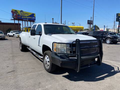 2008 Chevrolet Silverado 3500HD for sale at New Wave Auto Brokers & Sales in Denver CO