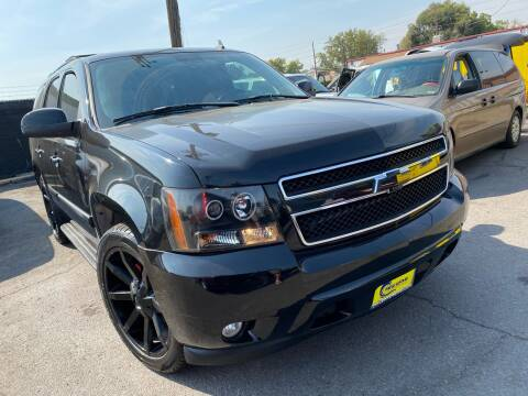 2007 Chevrolet Tahoe for sale at New Wave Auto Brokers & Sales in Denver CO