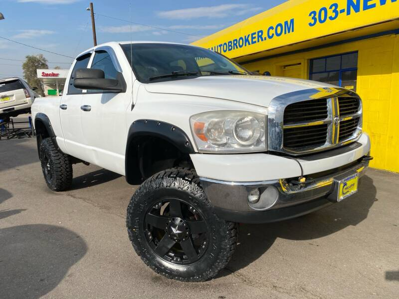 2007 Dodge Ram Pickup 2500 for sale at New Wave Auto Brokers & Sales in Denver CO