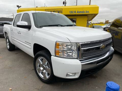 2011 Chevrolet Silverado 1500 for sale at New Wave Auto Brokers & Sales in Denver CO
