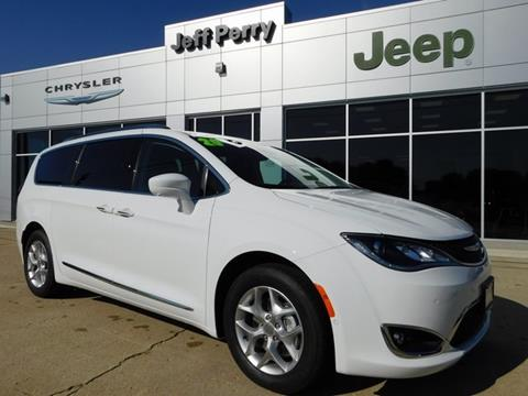 2020 Chrysler Pacifica for sale in Rochelle, IL