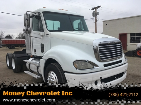 2009 Freightliner Columbia for sale in Hill City, KS