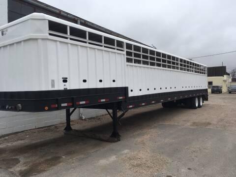 2004 Nevile Built 50Ft Ground Load Stock Trailer for sale at Money Trucks Inc in Hill City KS