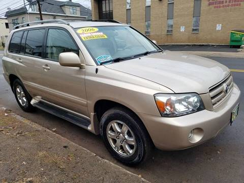 2006 Toyota Highlander for sale at Simon Auto Group in Newark NJ