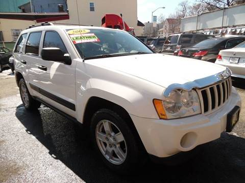 2005 Jeep Grand Cherokee for sale at Simon Auto Group in Newark NJ