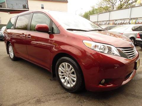2017 Toyota Sienna for sale at Simon Auto Group in Newark NJ