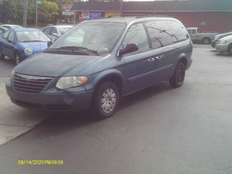 2005 Chrysler Town and Country for sale at Flag Motors in Columbus OH
