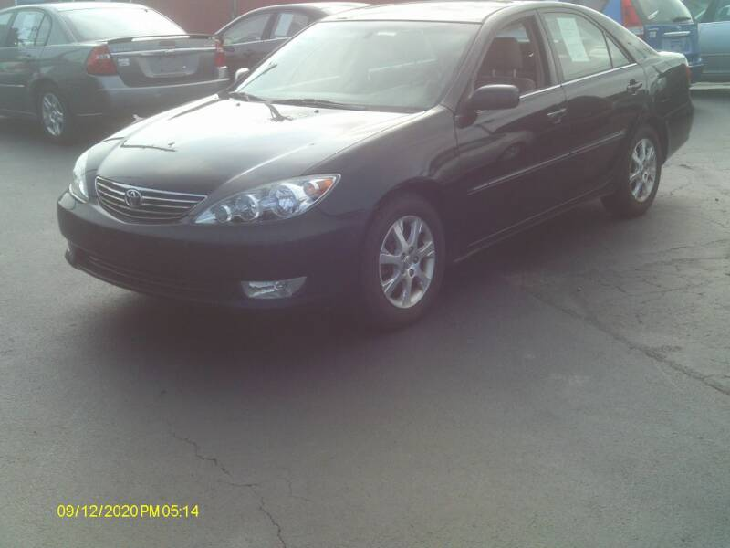 2005 Toyota Camry for sale at Flag Motors in Columbus OH