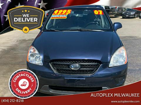 2007 Kia Rondo for sale at Autoplex Milwaukee in Milwaukee WI