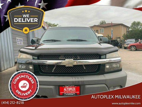 2002 Chevrolet Avalanche for sale at Autoplex Milwaukee in Milwaukee WI