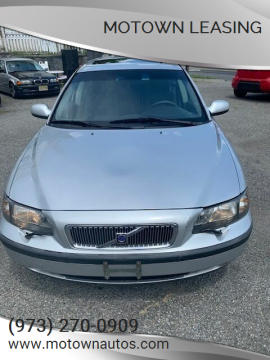 2002 Volvo V70 for sale at Motown Leasing in Morristown NJ