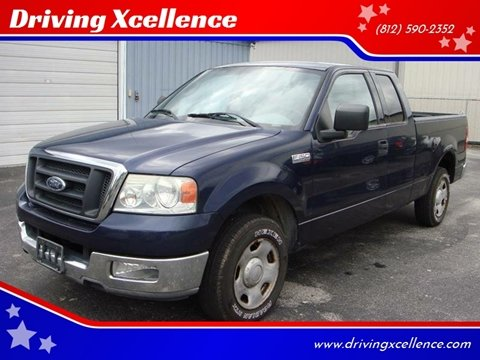 2004 Ford F-150 for sale at Driving Xcellence in Jeffersonville IN