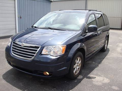 2008 Chrysler Town and Country for sale at Driving Xcellence in Jeffersonville IN