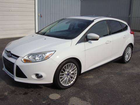 2012 Ford Focus for sale at Driving Xcellence in Jeffersonville IN