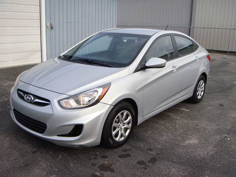 2014 Hyundai Accent for sale at Driving Xcellence in Jeffersonville IN