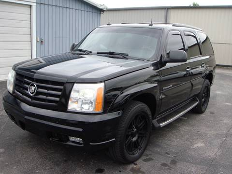 2003 Cadillac Escalade for sale at Driving Xcellence in Jeffersonville IN