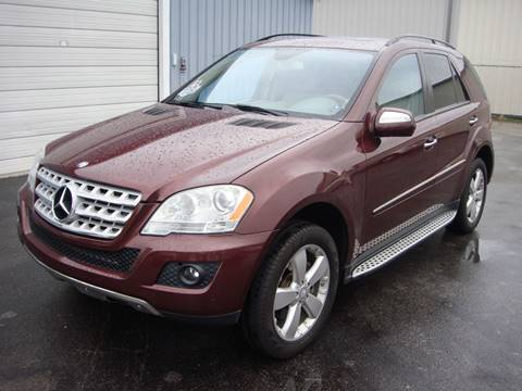 2009 Mercedes-Benz M-Class for sale at Driving Xcellence in Jeffersonville IN