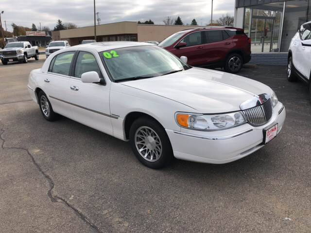 2002 Lincoln Town Car Signature 4dr Sedan In Maquoketa Ia Rotman