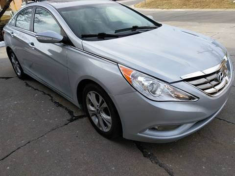 2011 Hyundai Sonata for sale at Divine Auto Sales LLC in Omaha NE