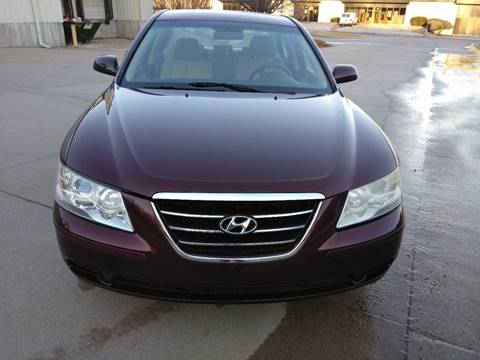 2009 Hyundai Sonata for sale at Divine Auto Sales LLC in Omaha NE