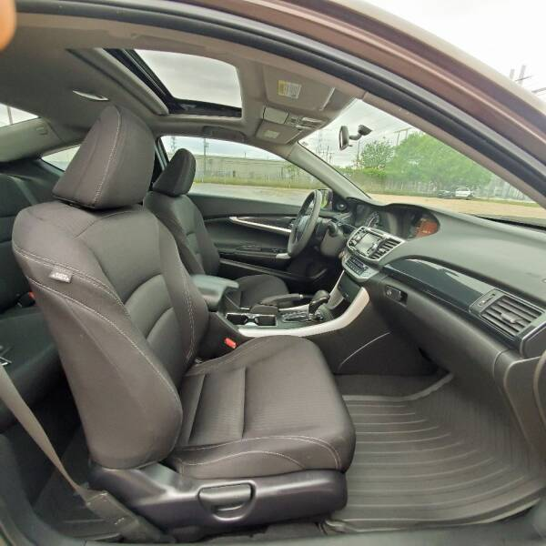 2014 Honda Accord EX (image 13)