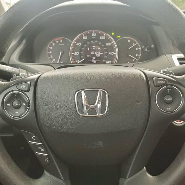 2014 Honda Accord EX (image 15)