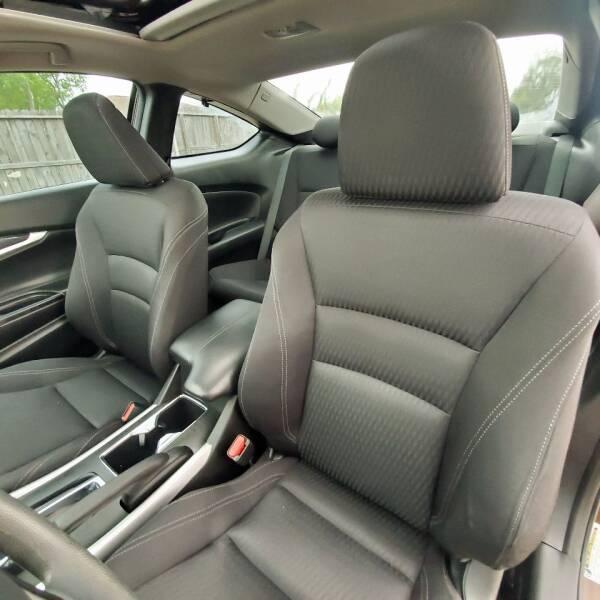 2014 Honda Accord EX (image 30)