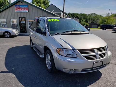 2005 Dodge Grand Caravan for sale at South Hanover Auto Sales in Hanover PA