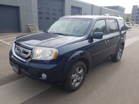 2011 Honda Pilot for sale at The Car Buying Center in St Louis Park MN
