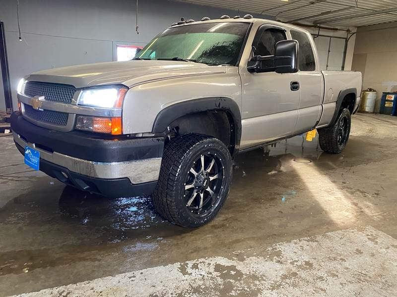 2003 Chevrolet Silverado 2500HD for sale at High Country Automotive LLC in Harrisburg SD
