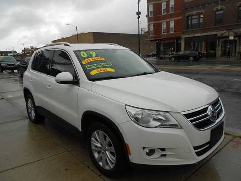 2009 Volkswagen Tiguan for sale at Metropolitan Automan, Inc. in Chicago IL