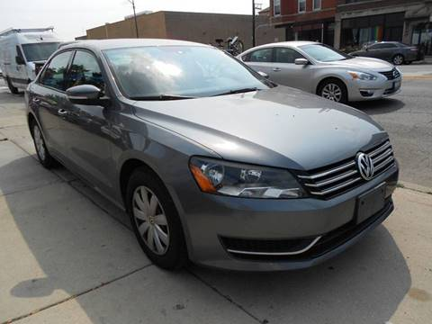 2013 Volkswagen Passat for sale in Chicago, IL