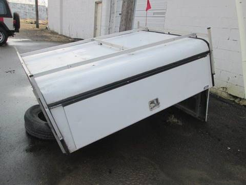 2007 A.R.E. Commercial Truck Topper DCU series for sale in Fairmont, MN