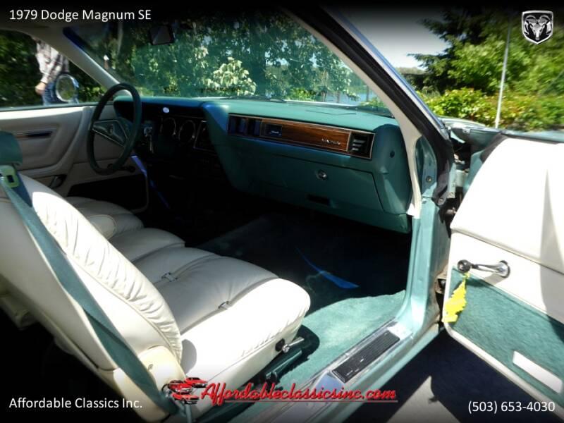 1979 Dodge Magnum SE 32