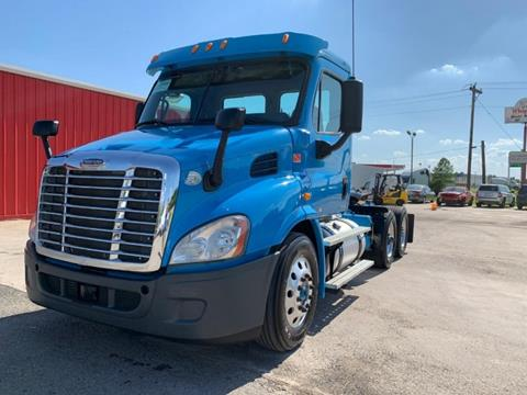 2012 Freightliner Cascadia for sale in Lewisville, TX