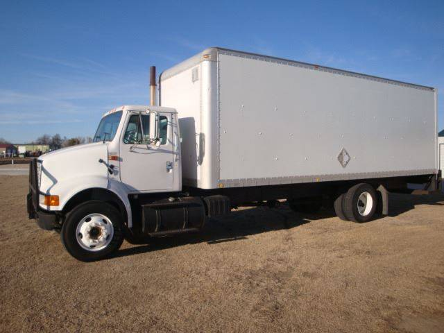 2001 International 8100 for sale at TransEquip LLC in Quinter KS