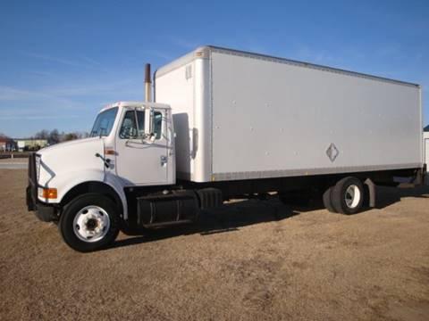 2001 International 8100 for sale in Quinter, KS