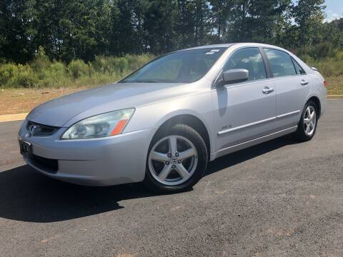 2004 Honda Accord for sale at Global Imports Auto Sales in Buford GA