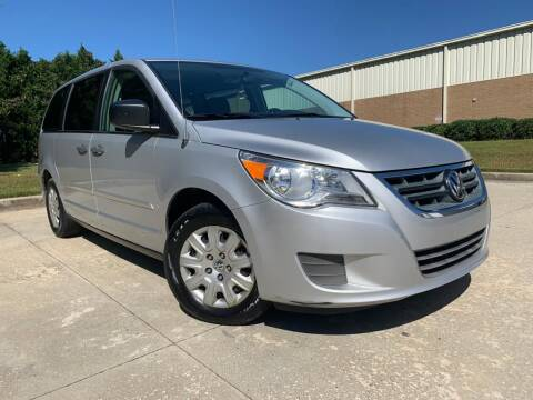 2012 Volkswagen Routan for sale at Global Imports Auto Sales in Buford GA