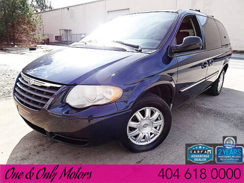 2006 Chrysler Town and Country for sale in Doraville, GA