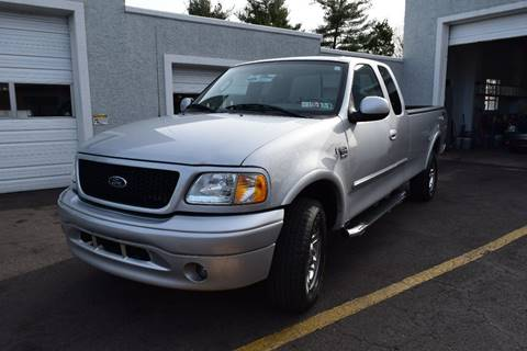 2003 Ford F-150 for sale at L&J AUTO SALES in Birdsboro PA